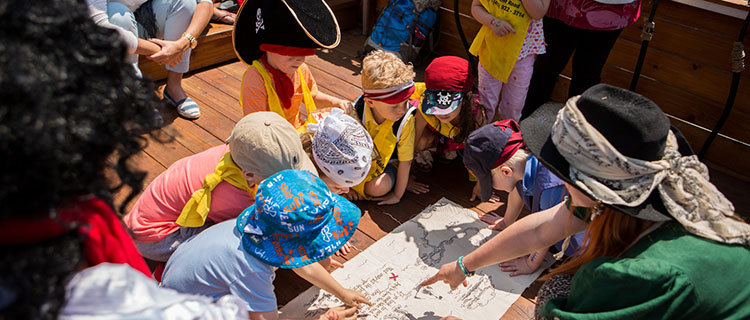 Attractions & Tours: Pirate Life