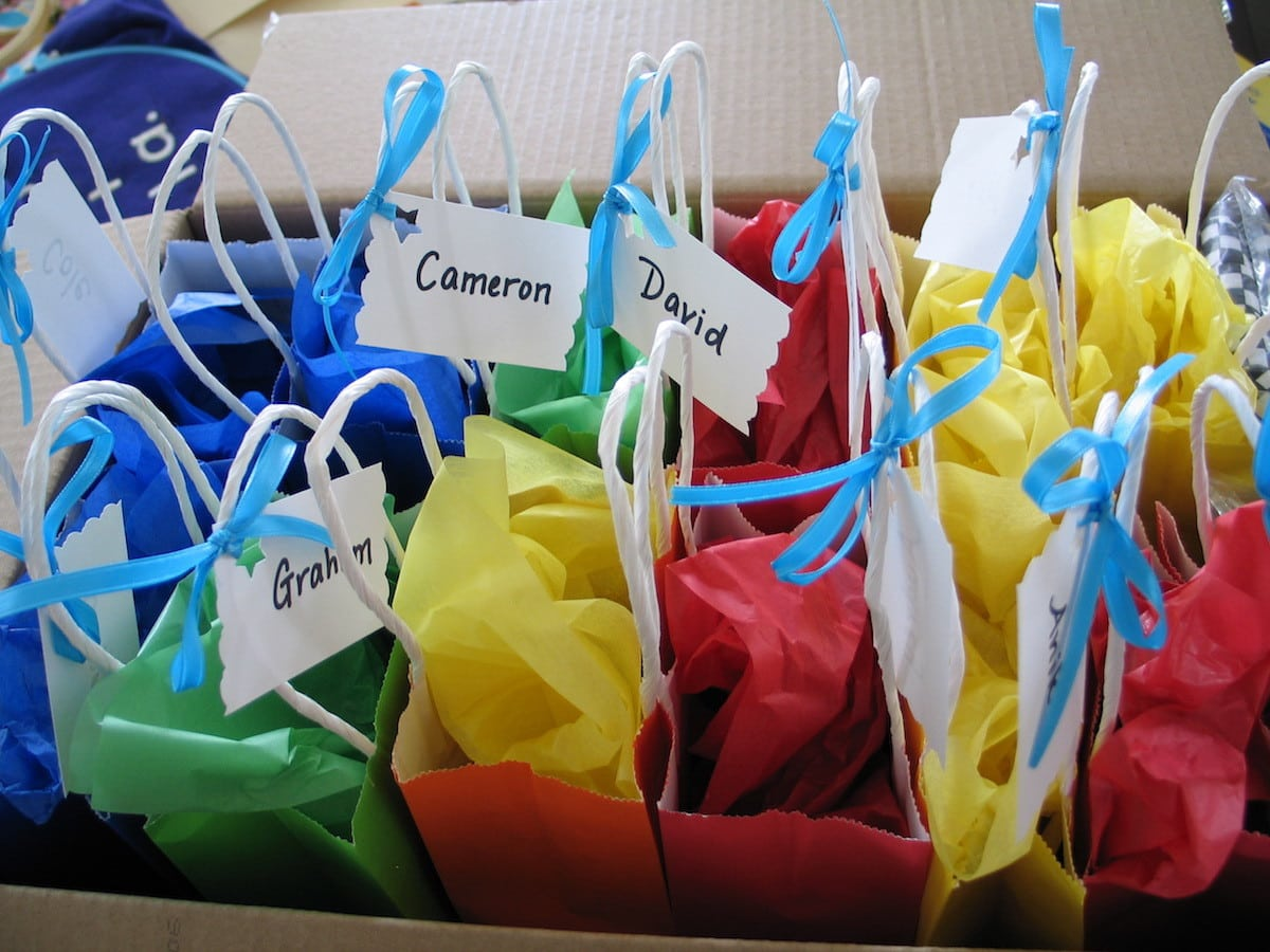 75 Non Edible Loot Bag Ideas For Kids Parties