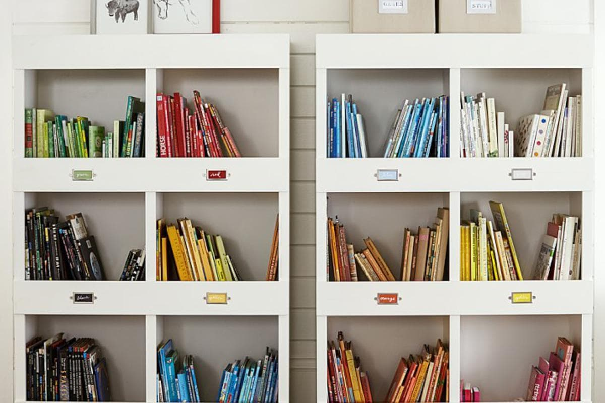 Article:7 More Ideas for Organizing Kids' Books