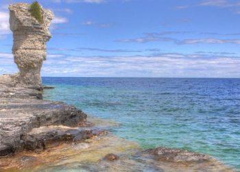 9 Natural Wonders Near Toronto for Quick Summer Getaways
