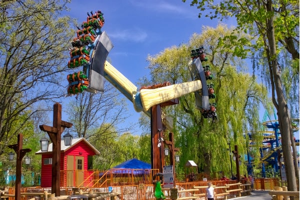 Guide to Canada's Wonderland with Toddlers and Young Kids