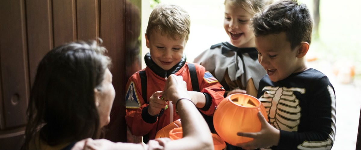 A Dentist's Tricks for Healthier Teeth this Halloween
