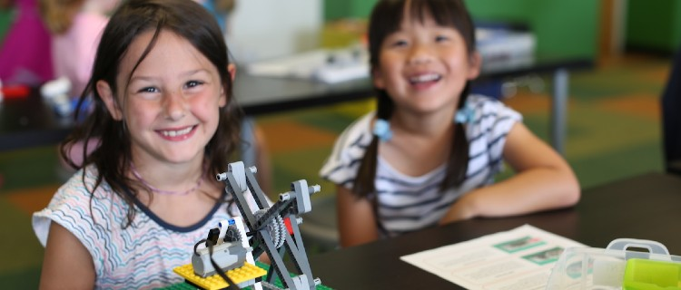 STEM Camps: Snapology