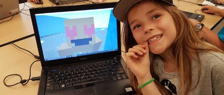 Day Camps: Artech