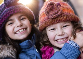 9 Fun Cold Weather Activities for Families During the Pandemic