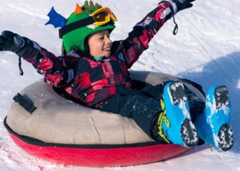 8 Best Snow Tubing Parks Near Toronto